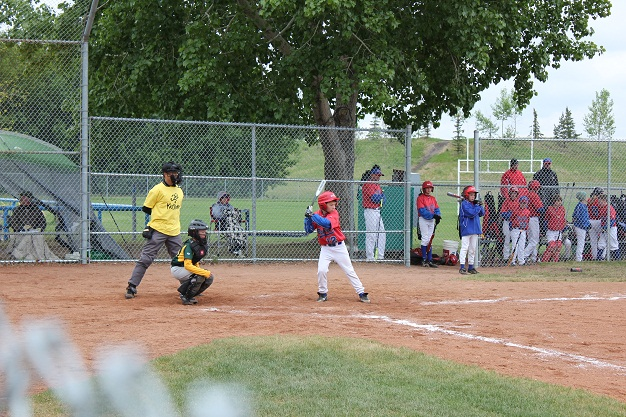 Umpires and KidSport team-up in Sherwood Park