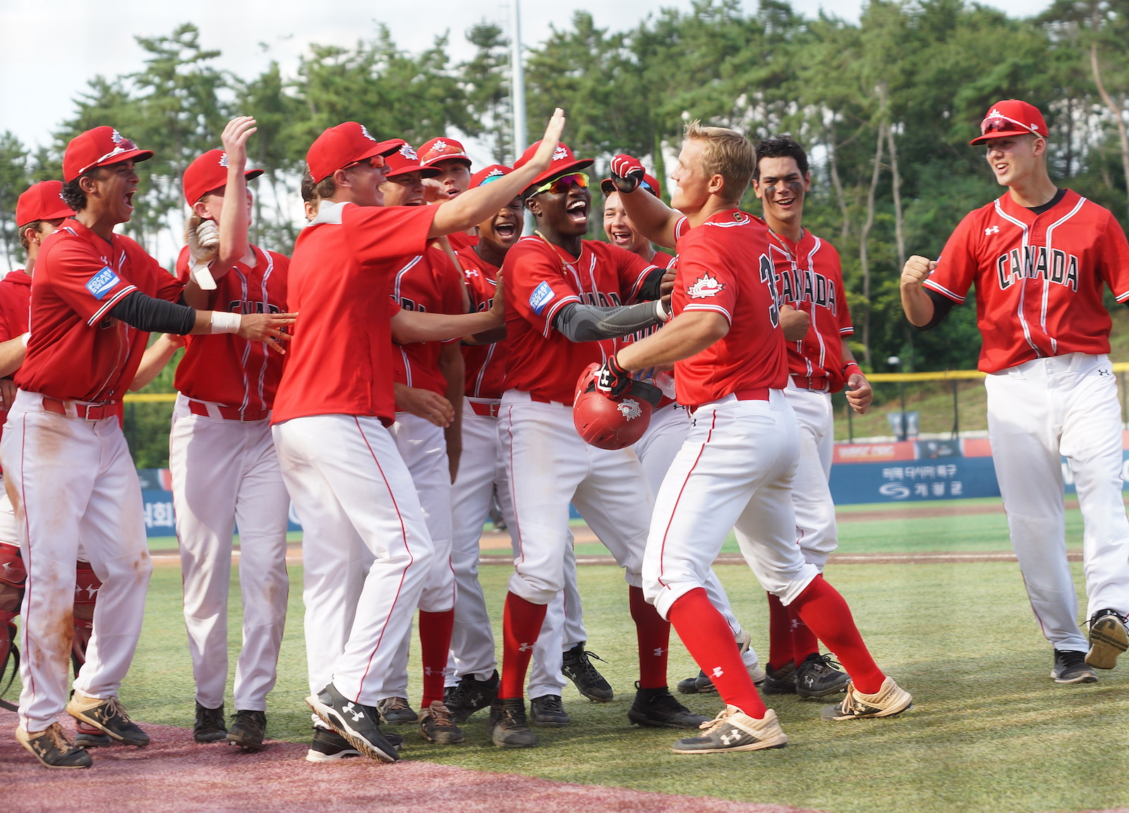 U-18 Baseball World Cup: Canada powers past Netherlands