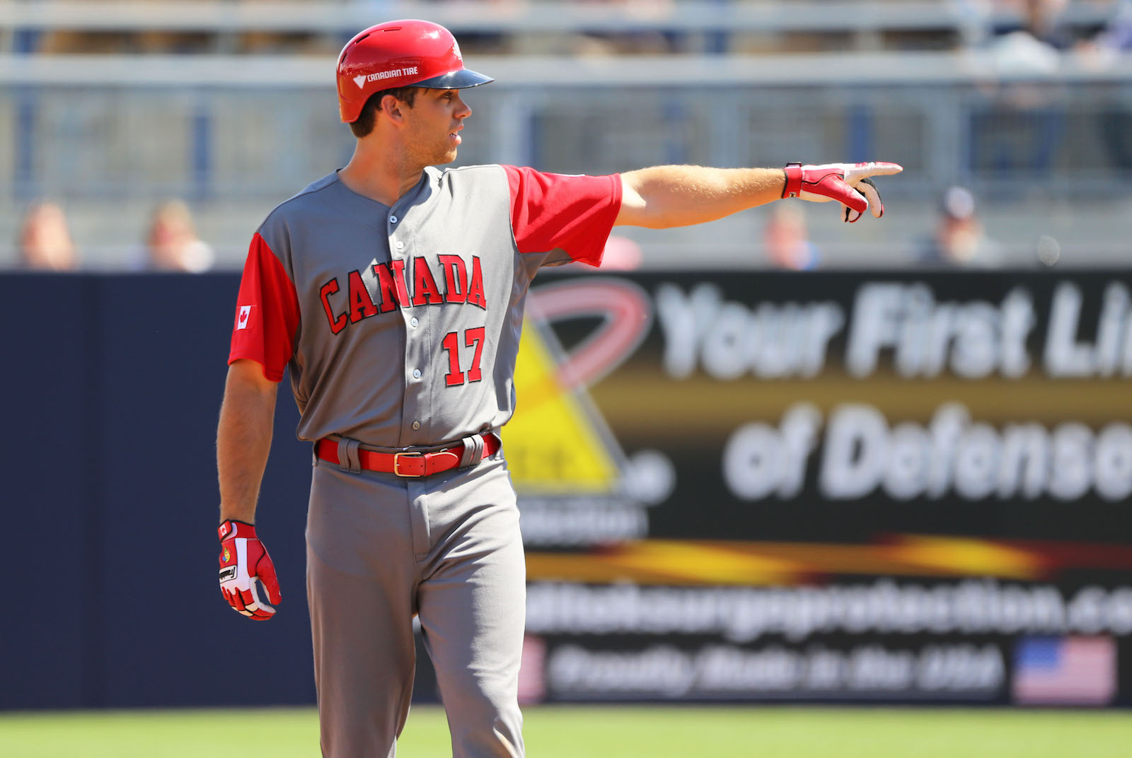 Wood homers twice as Canada falls in exhibition finale