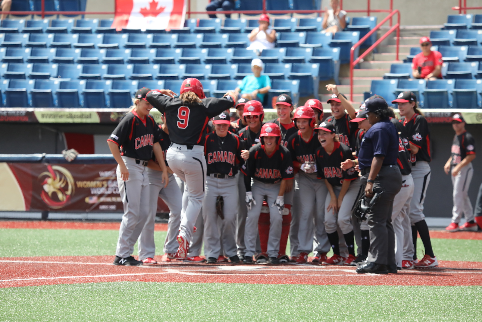 Women's Baseball World Cup: CANADA WINS BRONZE!