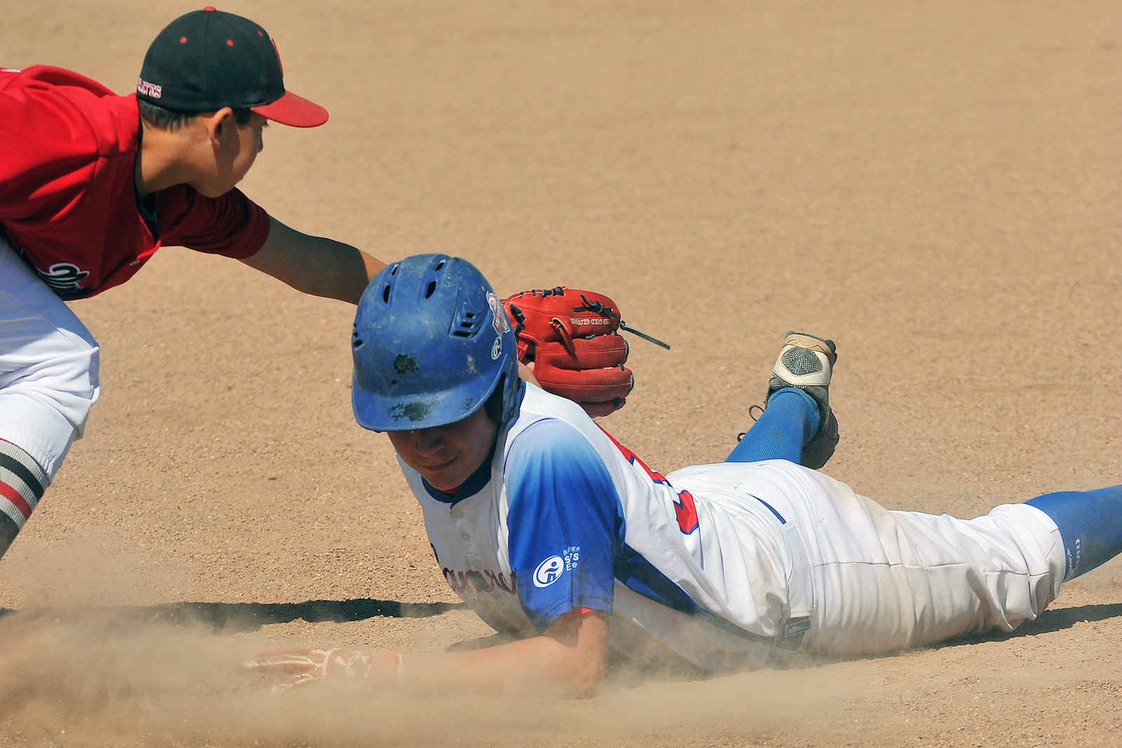 INFOGRAPHIC: Avoiding and Preventing Heat Related Injuries When Playing Baseball