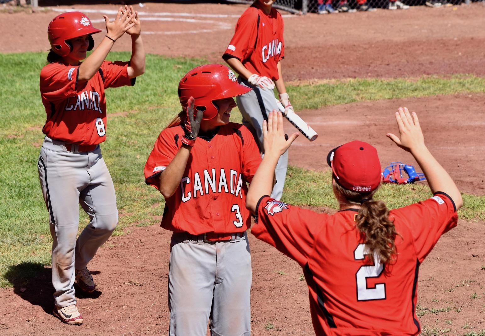 Équipe féminine : Les Canadiennes reviennent de l'arrière et battent Cuba