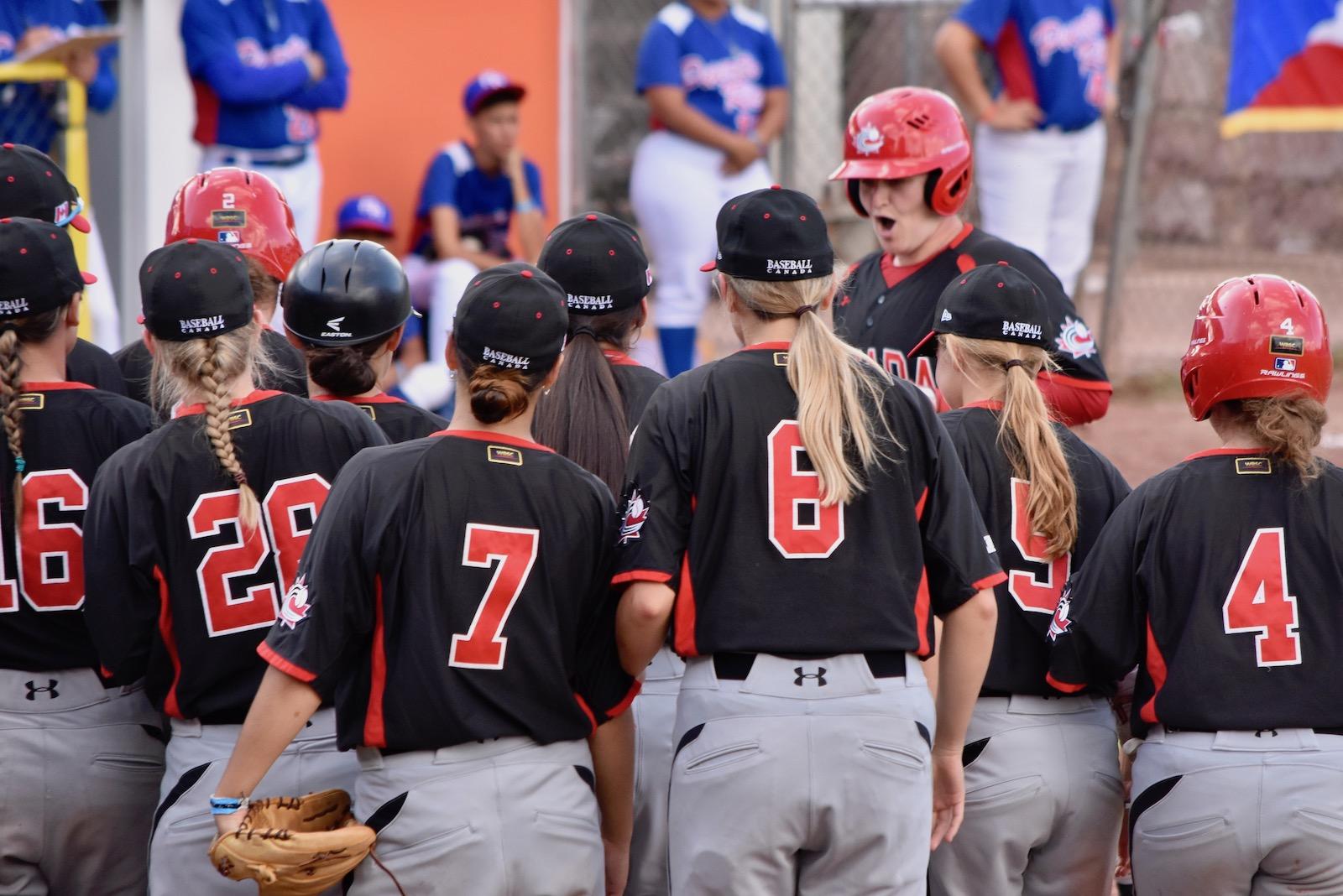 Équipe féminine : un duel serré à l'avantage du Canada